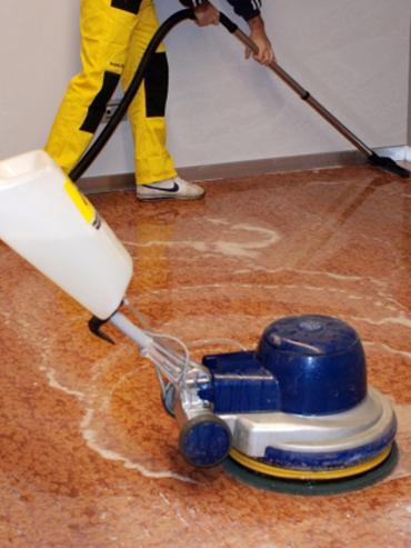 immaggine-fila-prodotti-per-la-pulizia